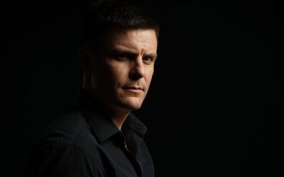 Glumca inspiriše da radi ono što je potpuno suprotno od njega – Intervju s Vukom Kostićem